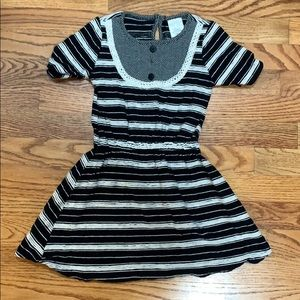 Persnickety Black and Ivory Dress size 4